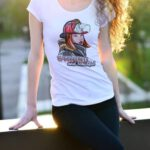 Odwaga i Piękno, biała koszulka STRAŻACKA DAMSKA z nadrukiem STR004