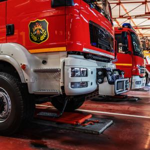 Naklejki na wóz strażacki, bojowy na drzwi komplet 2szt. 30cm